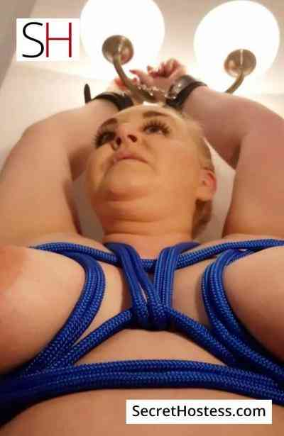 35 year old Russian Escort in Riga HELGA, Independent