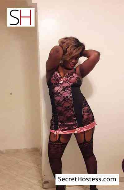 26 year old Moroccan Escort in Douala Luna, Independent