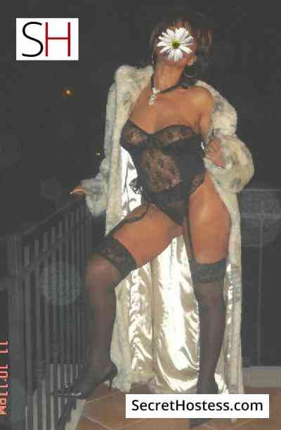 45 year old Hungarian Escort in Budapest EVA, Independent