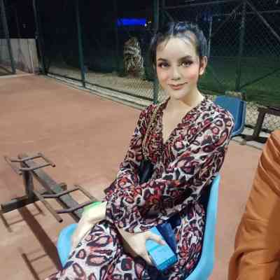 24 year old Asian Escort in Muscat Am July ladyboy