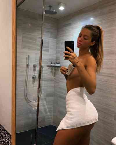 24 year old French Escort in Brusells Rencontre discrete