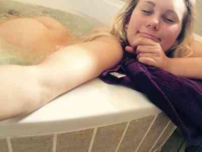 24 year old Escort in Perpignan Ceylane blonde française
