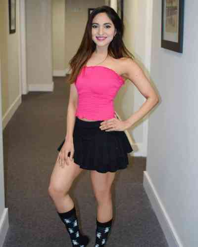 21 year old Indian Escort in Cabarita Melbourne Escorts, Massage and GFE Services in Melbourne